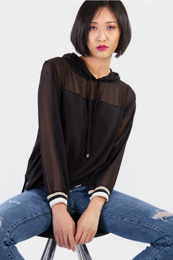 BLOUSE WITH HOOD